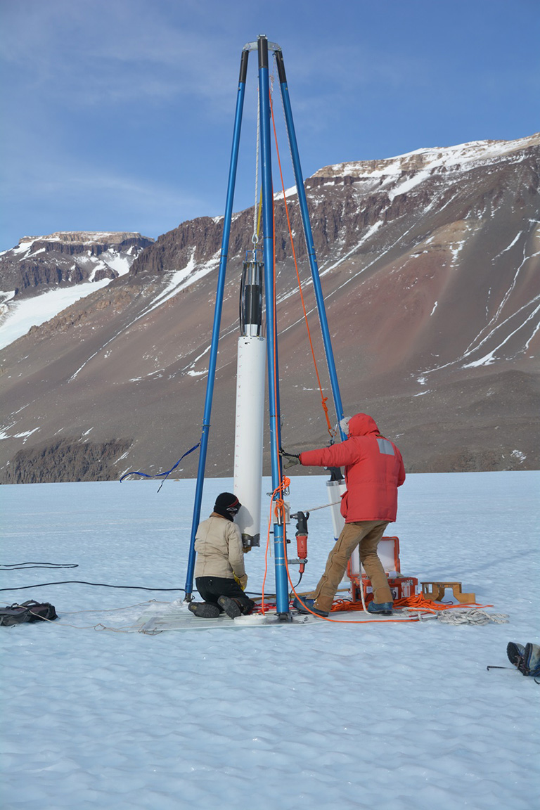 A large diameter blue ice drill extracting ice cores at Taylor Glacier. Credit: H. Roop.