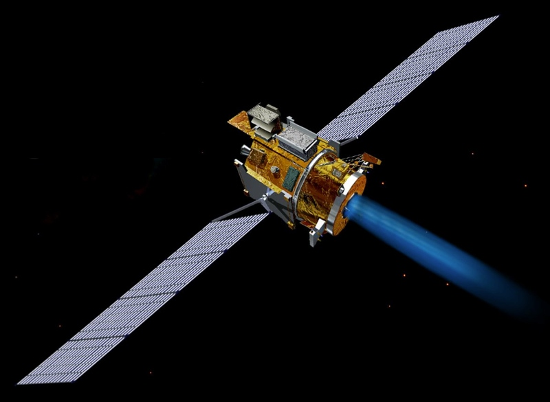 "Deep Space 1's two ""wings"" comprised 720 SCARLET lenses, which focused sunlight onto 3,600 high-efficiency solar cells to generate the spacecraft's electricity and enable the ion propulsion drive."