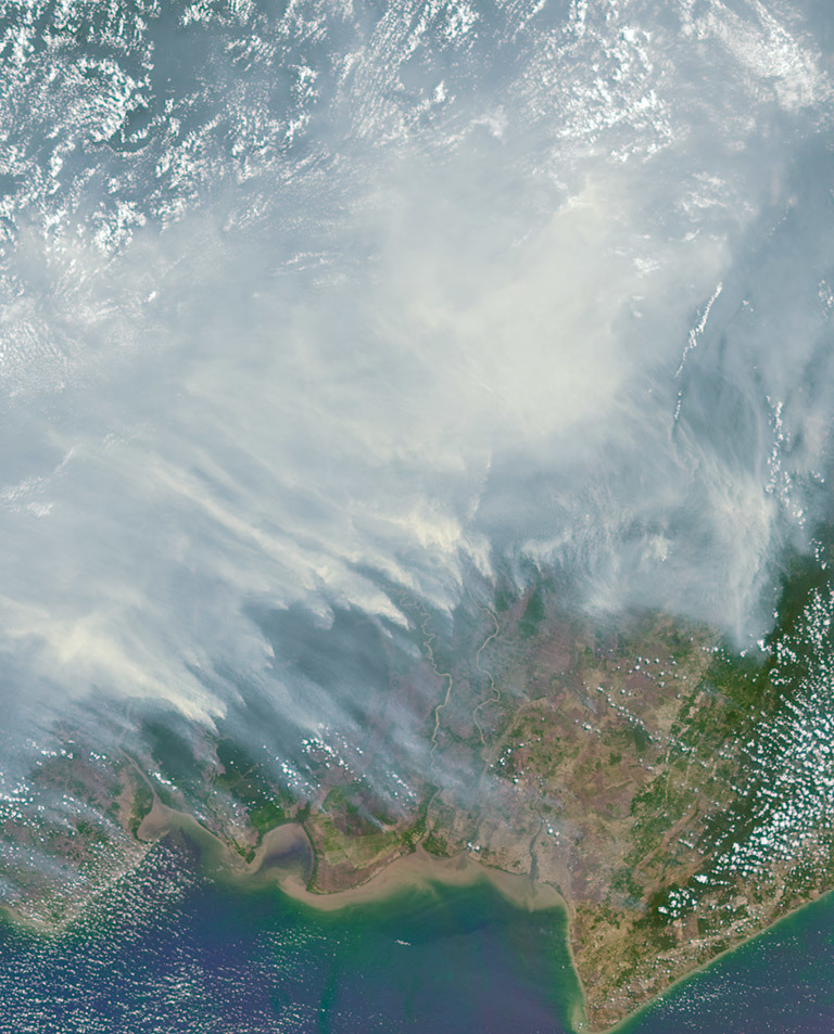 The worst forest fires in nearly two decades are burning out of control on Borneo, creating the thick blanket of smoke in this Oct. 14 image from NASA's MISR instrument. Credit: NASA/JPL-Caltech/MISR instrument team