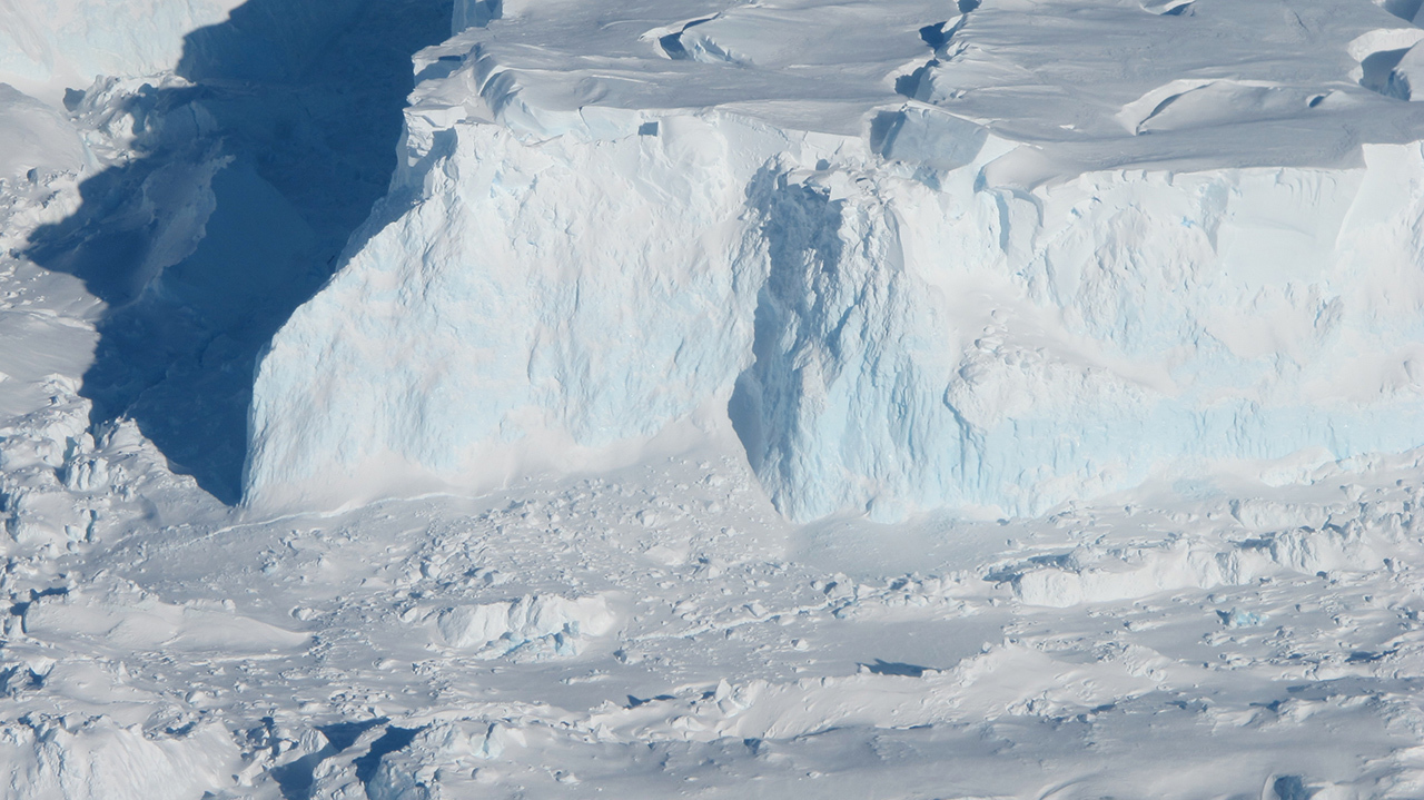 New light on the future of a key Antarctic glacier – Climate Change: Vital Signs of the Planet